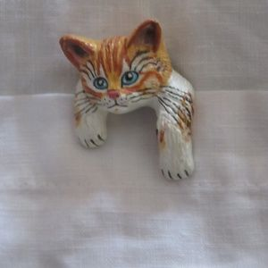 Jewelry - Artisan made cat brooch-for pocket, nwot